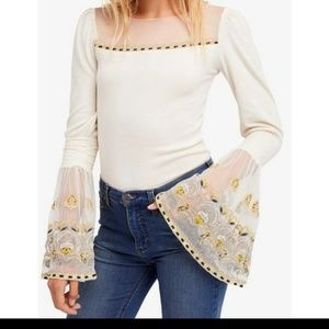 Nwt free people bell sleeves embroidered top s